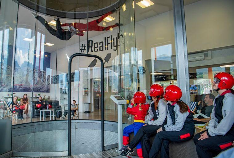 Realfly-3.JPG