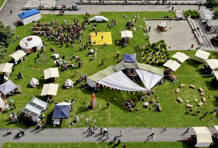 Drone-Artisants-Esplanade-45degrés-jour-3-Fdlt19-AntoineG-Ants-vision.jpg