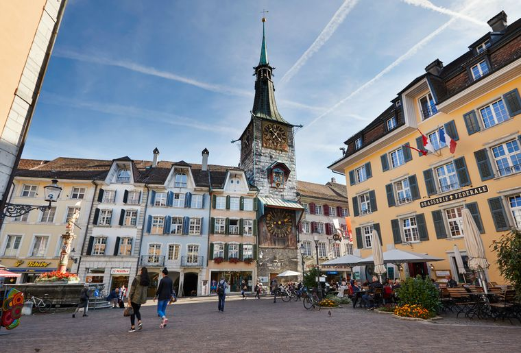 Marktplatz Solothurn_© Solothurn Tourismus_Tino Zurbrügg.jpg