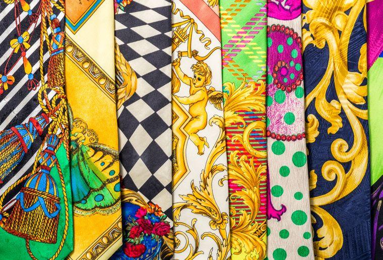 cravates-versace-musee-mode
