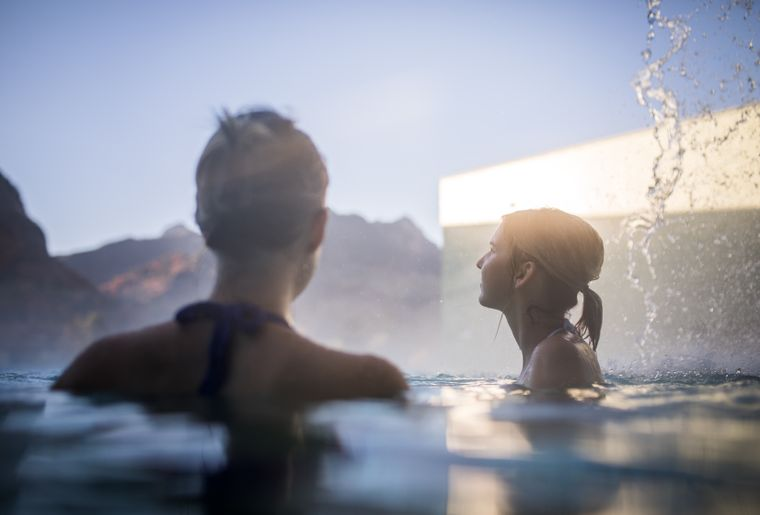 bains-gruyere-charmey-fribourg-automne.jpg