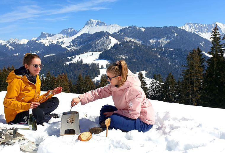 fondue-raquette-les-paccots.jpg
