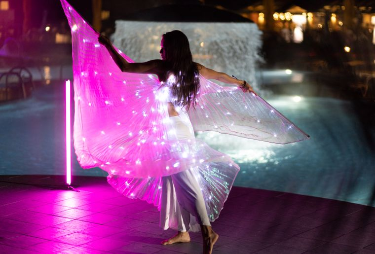 bains-lavey-illumination-danseuse