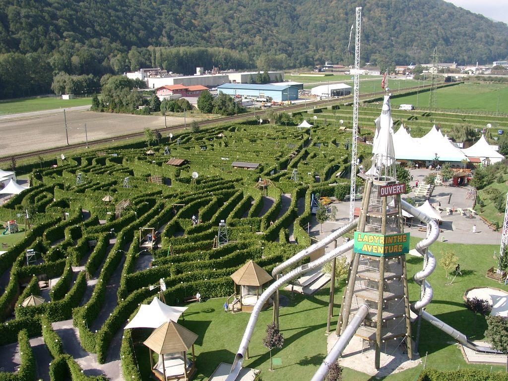 Labyrinthe Aventure à Evionnaz en Valais - le plus grand labyrinthe du monde