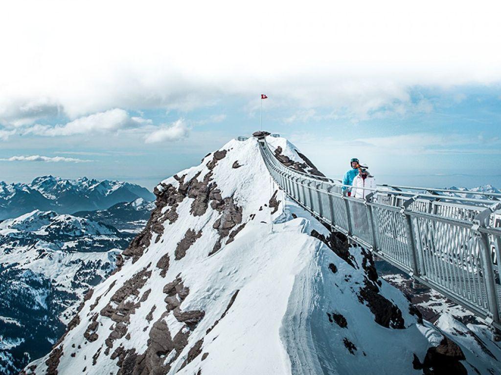 Peak Walk - Le premier pont suspendu entre deux sommets au monde