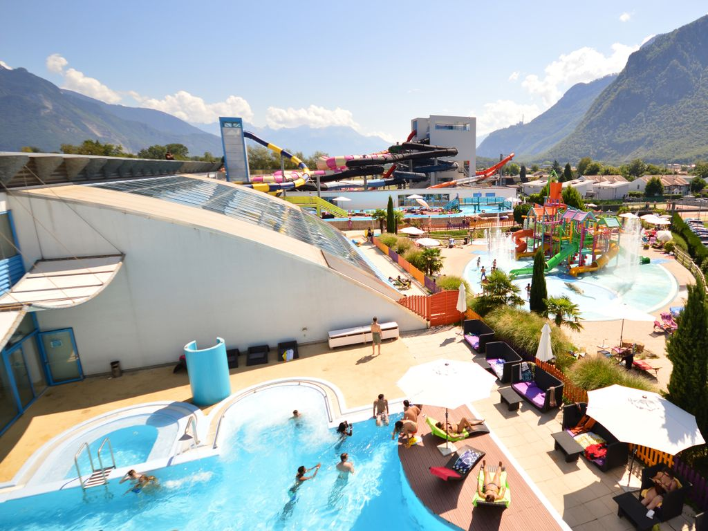 Les plus belles piscines de Suisse romande - Parc aquatique Aquaparc Bouveret