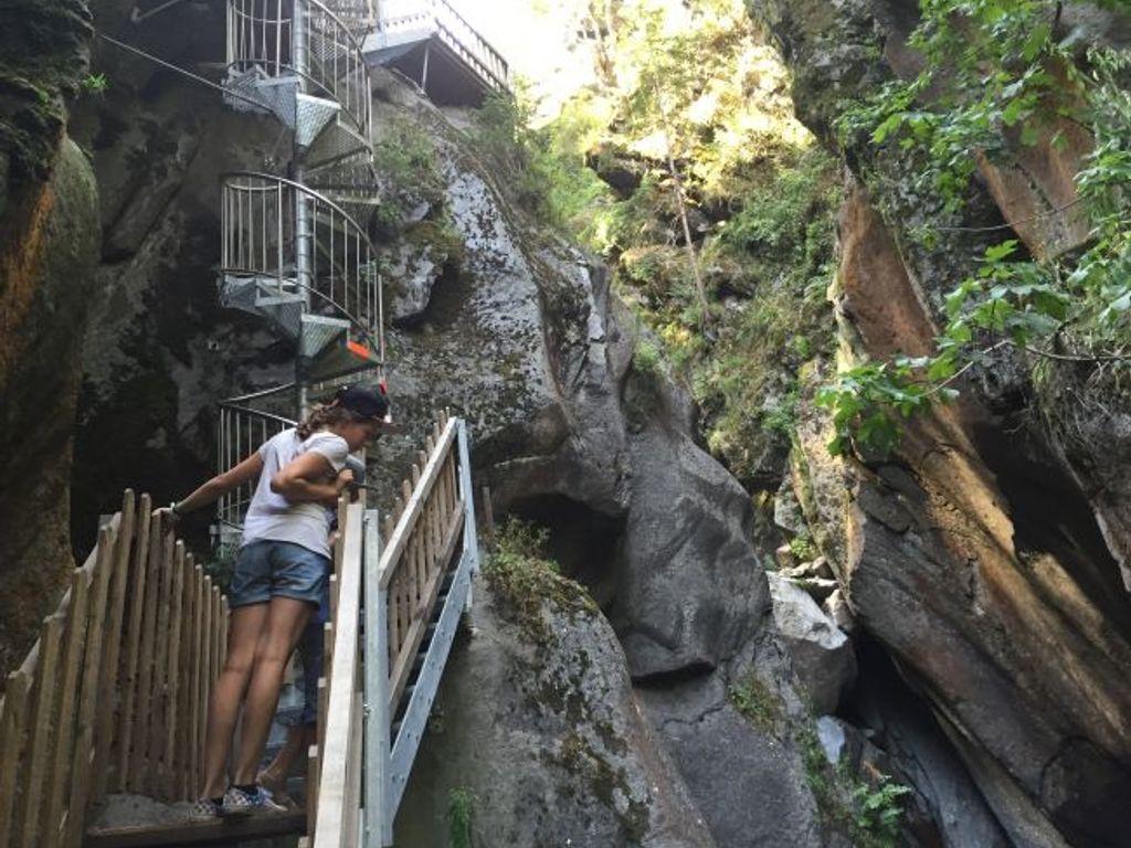 Les gorges du Triège offrent une spectaculaire balade entre passerelles, ponts et escaliers défiant la gravité