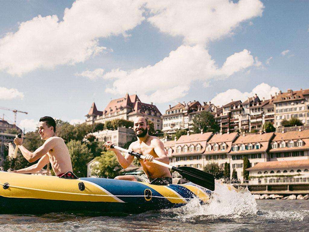Descente de l'Aaar en bateau gonflable - Le loisir le plus insolite de l'été