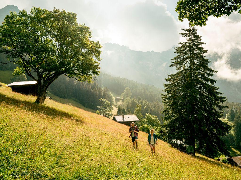 Hébergements insolites - Dormir dans un chalet d'époque – Yeti Alphütten à Grindelwald dans le canton de Berne