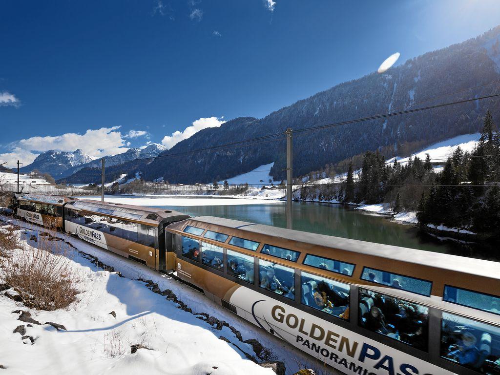 Trains suisses de légende - MOB GoldenPass Panoramic
