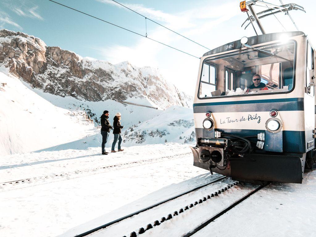 Trains suisses de légendes - MOB Rochers-de-Naye et MOB Les Pléiades