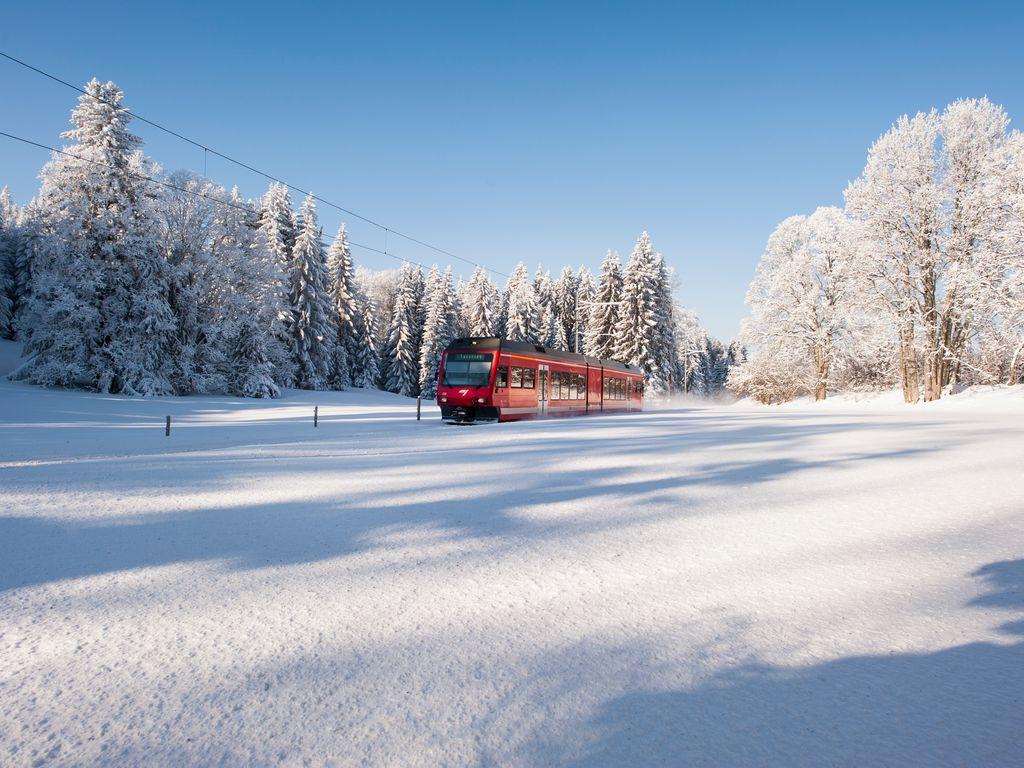 Trains suisses de légende - Chemins de fer du Jura - CJ