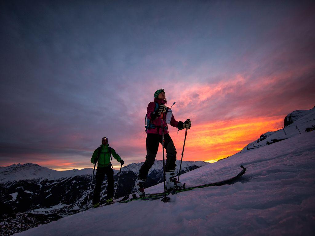 Sortie ski de rando nocturne entre Verbier et La Tzoumaz