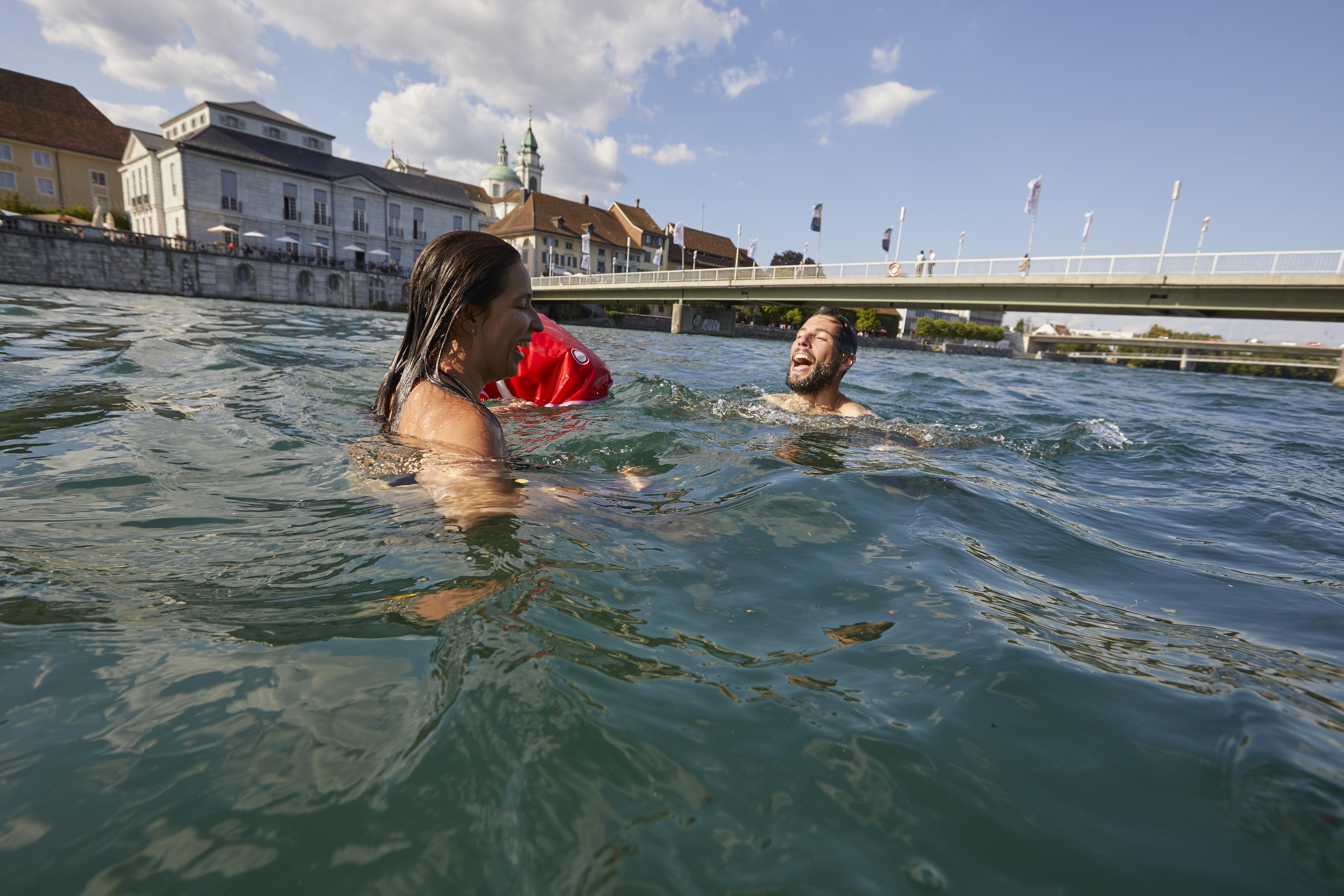 Ville de Soleure - baignade dans l'Aaar