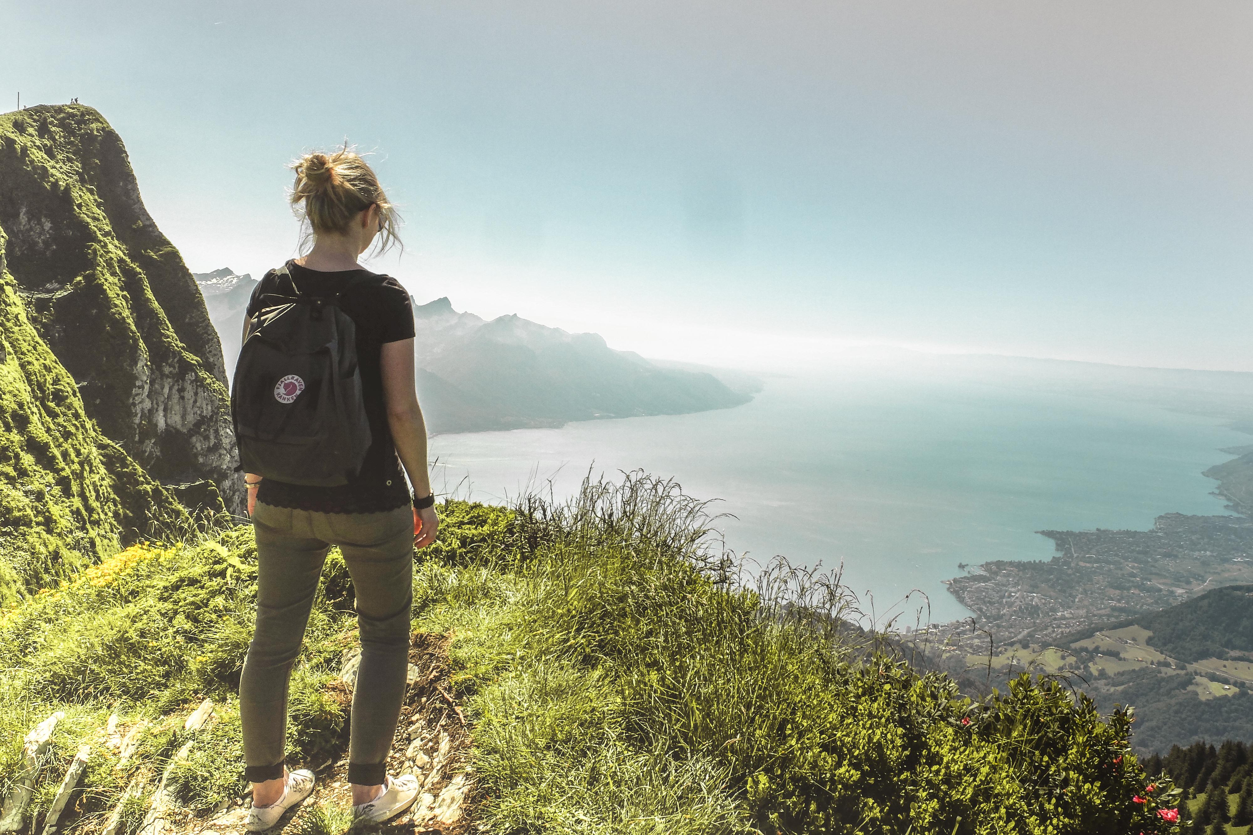 Balade panoramique en Suisse romande - Rochers-de-Naye au-dessus de Montreux