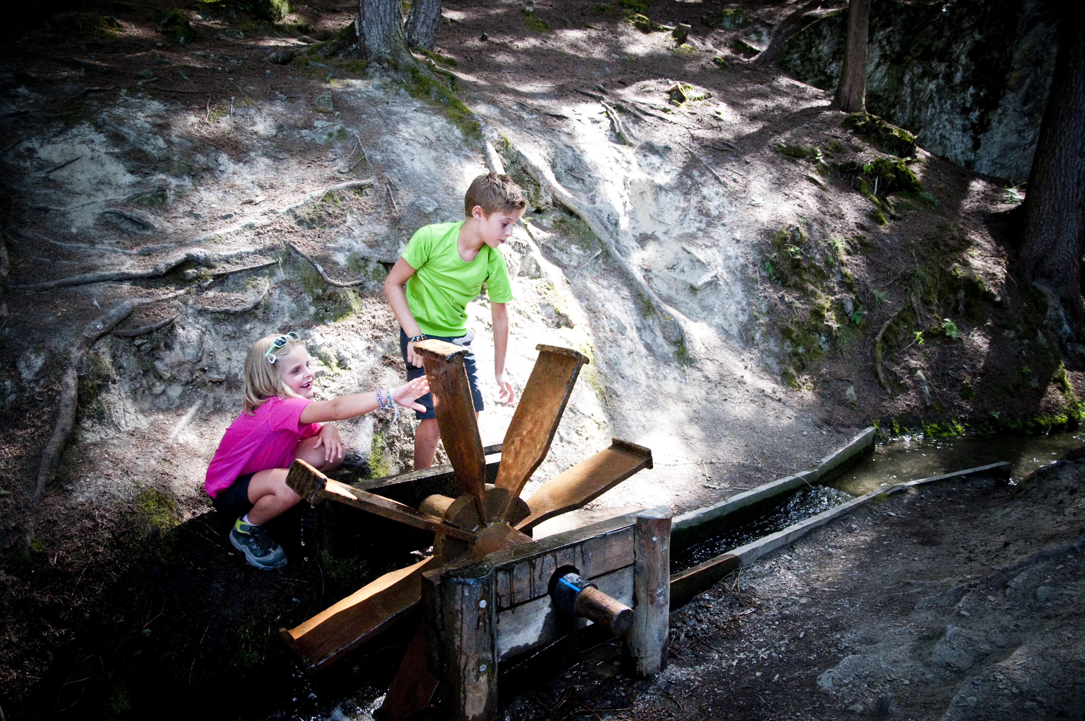 Les plus beaux bisse du Valais - Grand bisse de Vex à Veysonnaz