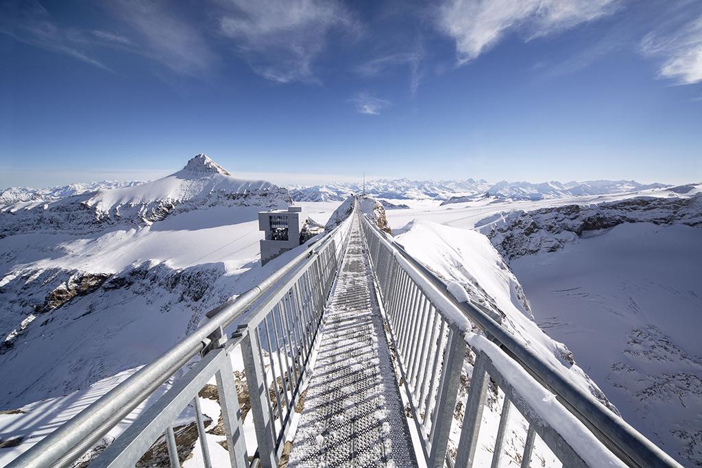 Sites hivernaux féeriques de Suisse romande: Peak Walk