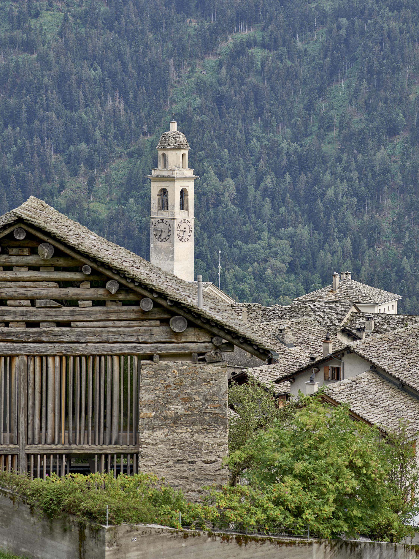 Bons plans pour vous vacances d'été en Suisse - Le circuit Alpine Circle à la découverte des Grisons en voiture