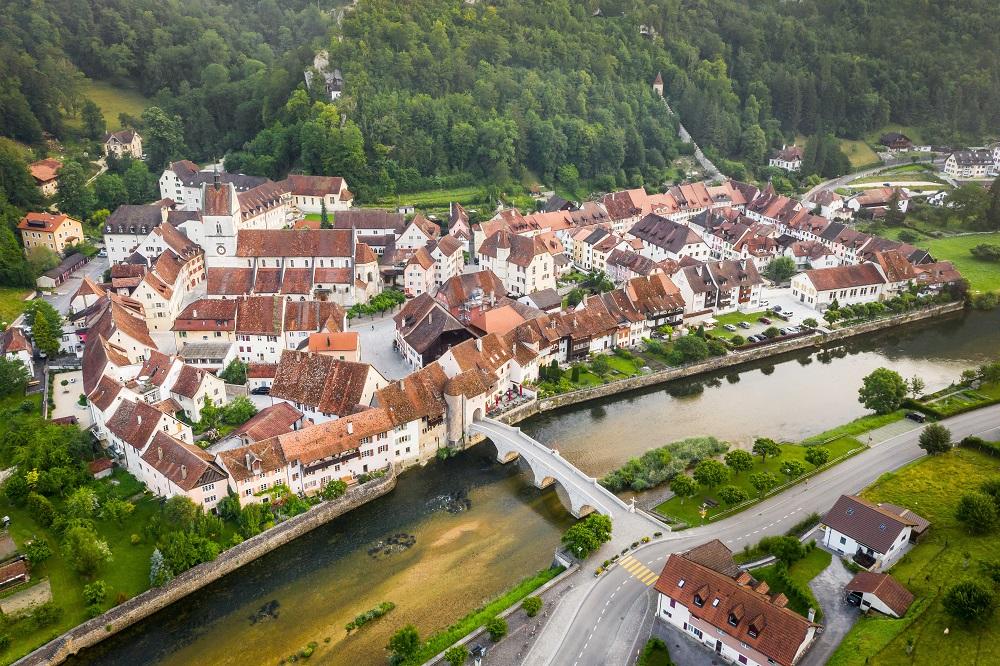 Les plus beaux villages de Suisse romande - St-Ursanne (Jura)