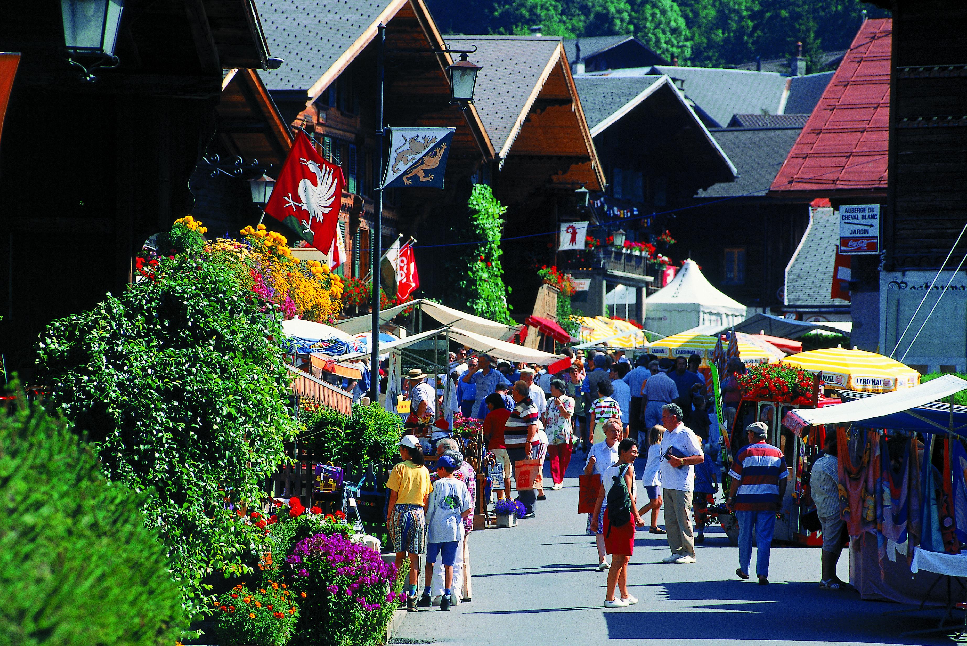 Les plus beaux villages de Suisse romande - Rougemont (Vaud)
