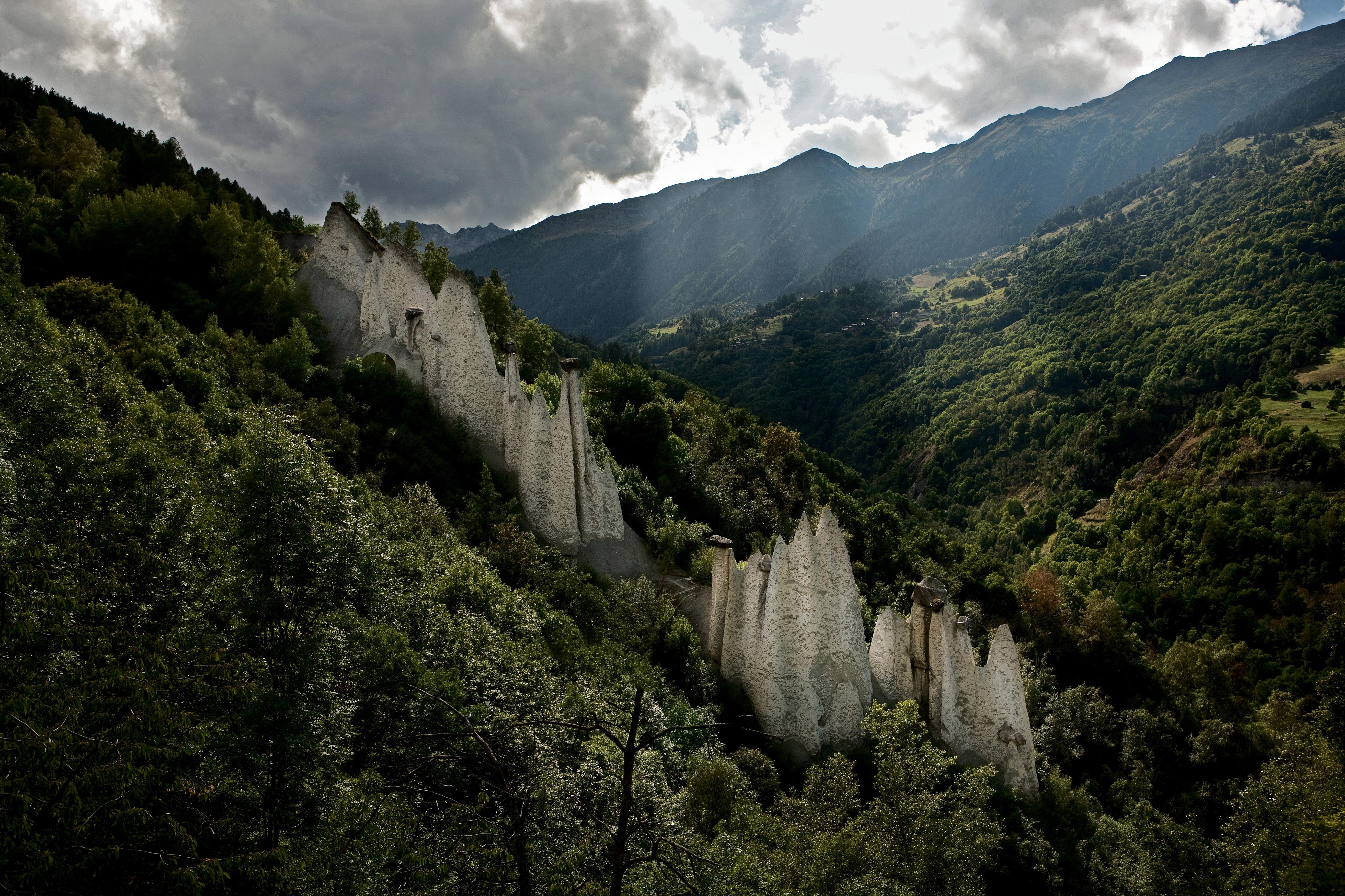 Les plus belles gorges naturelles de Suisse - Gorges de la Borgne au val d'Hérens