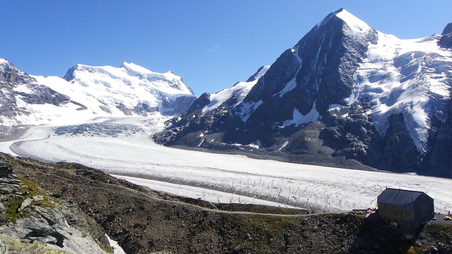 Les plus belles cabanes de montagne de Suisse - Cabane FXB Panossière à Fionnay, Valais