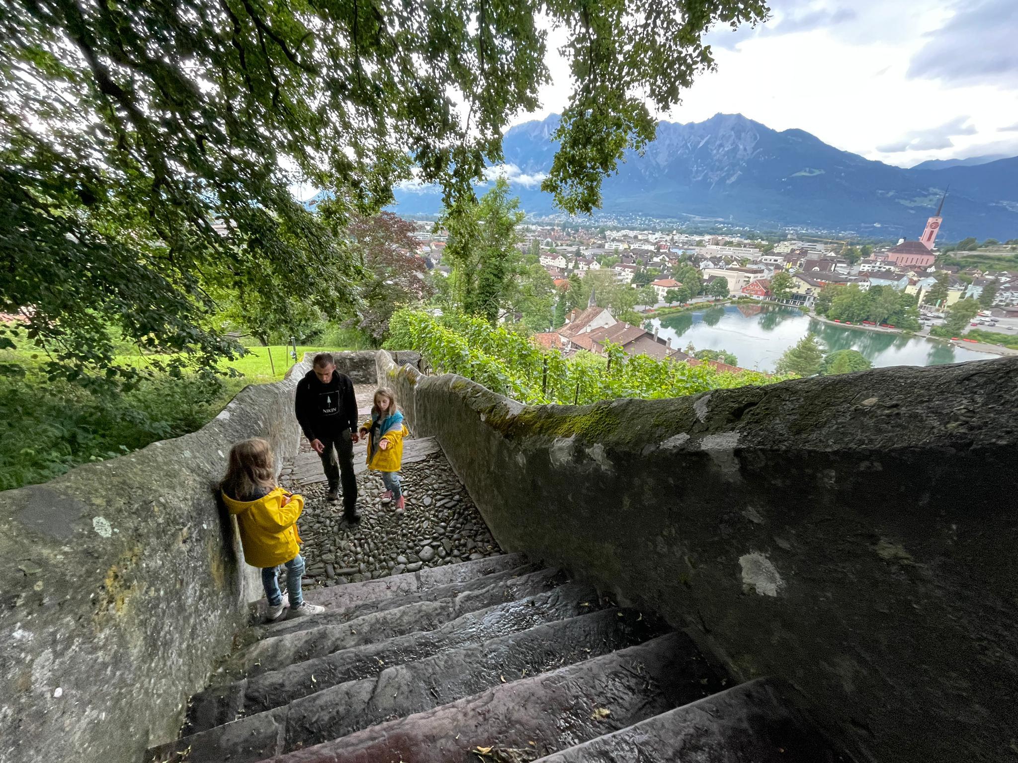 Voyage de la famille Cavadini: Buchs