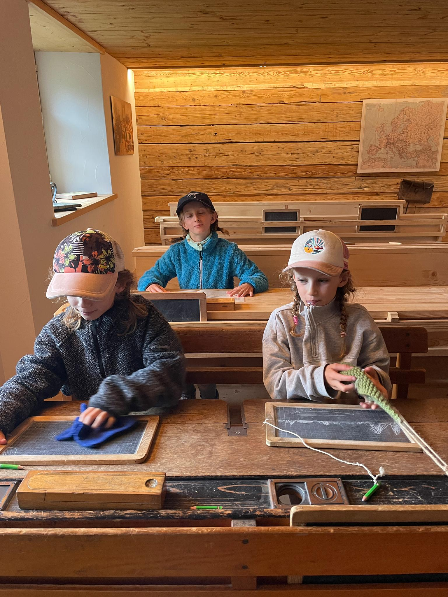 Voyage de la famille Cavadini: l'école de Heidi