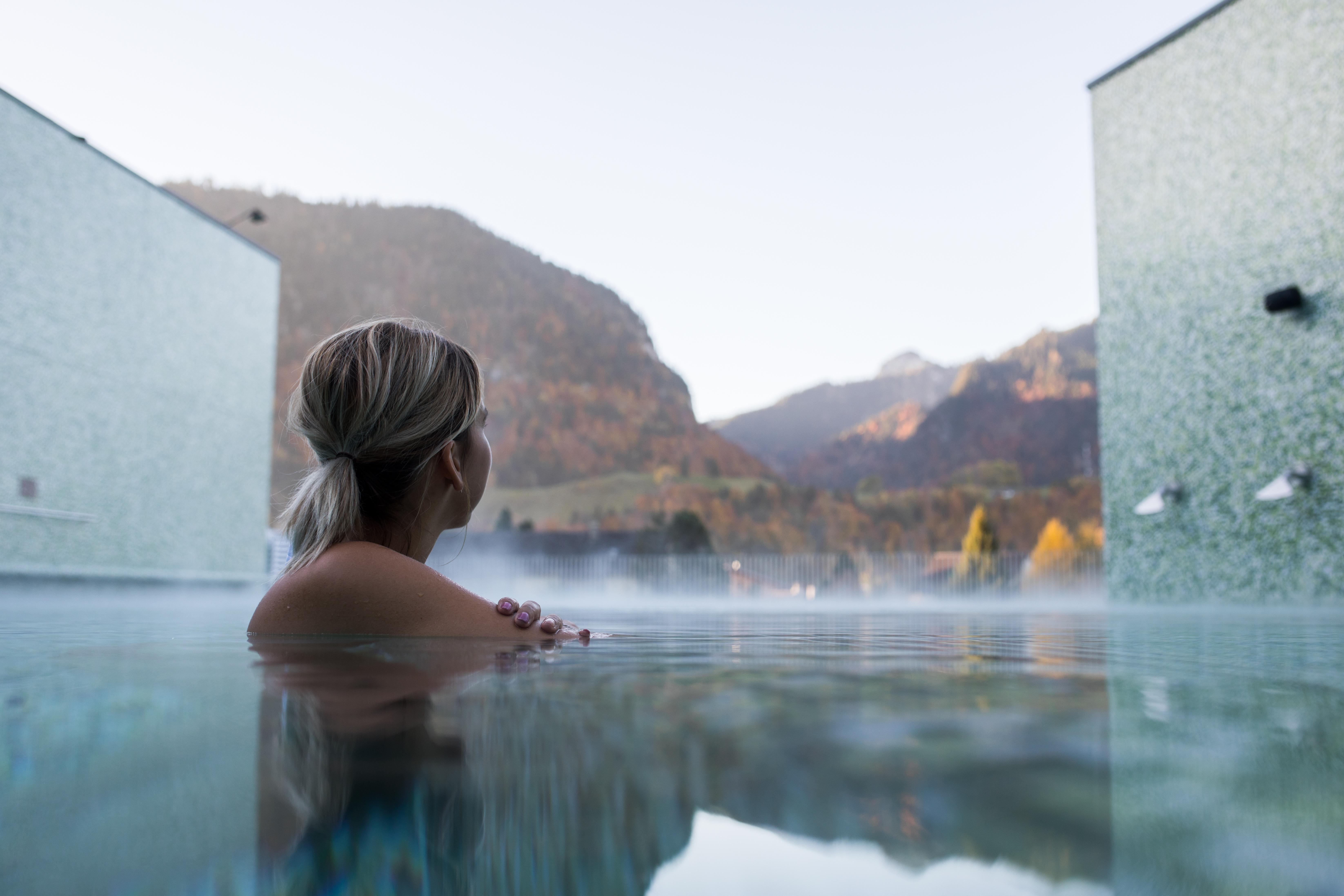 Parmi l'offre wellness du canton de Fribourg, les Bains de la Gruyère tiennent la vedette